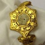 father son deus bracelet find